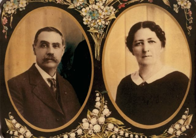 William Calhoun Combs (1852-1931) and Lucretia Melissa Miller (1859-1923)