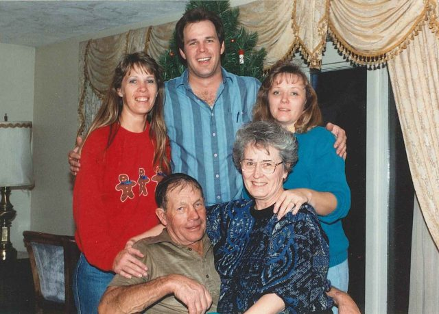 Donna-David-Teri-Don_Merle-Christmas1996