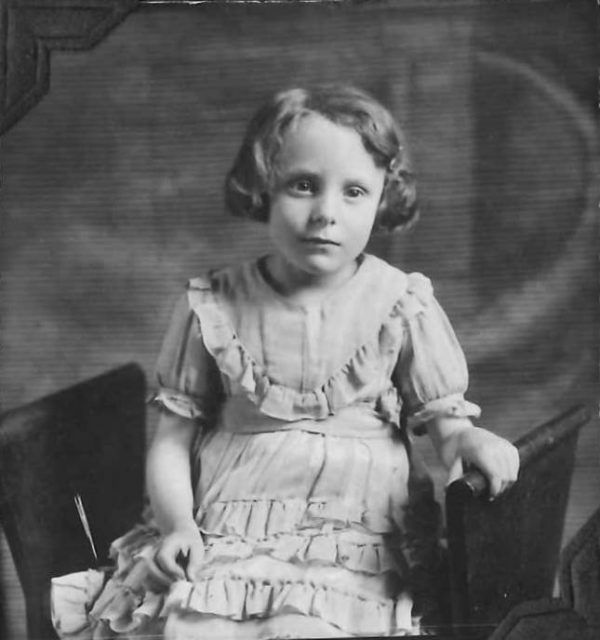 Edna Richman, daughter of George Sinfield Richman & Estella Thomas