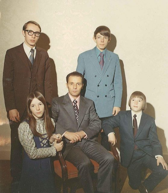 Joy, Jeff, Lynn Richman, Larry, Rick, Dec. 16, 1971