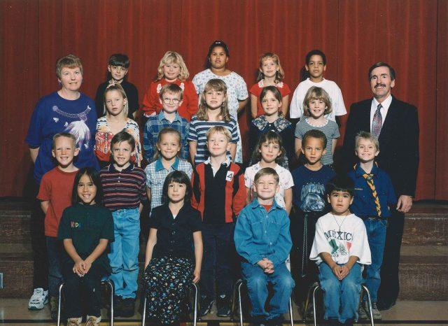 Hailee-school-grade02class
