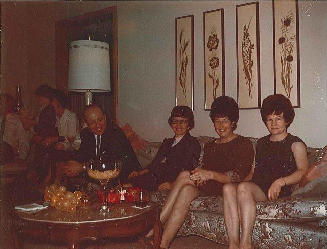 Glade & Grace Harrison, Joyce, Peggy Godfrey, December 1966