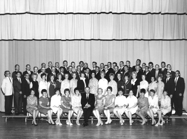 Lynn's high school reunion, Aug 1967. See <a href=