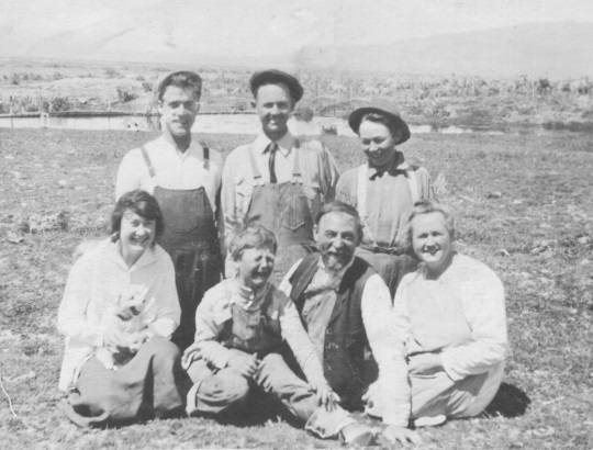 "John Ernest Thompson family at Reid Springs near Almo, Idaho in 1918. Left to right (front row): Grace Emily (age 16), William ""Bill"" Bosomworth (age 6), John Ernest (age 49), Jane Bosomworth (age 47); (back row): Sam Malmberg, John Henry (age 22), Edward Alva ""Ted"" Thompson (age 14)"