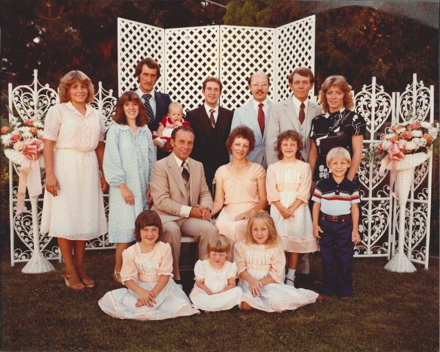 Lynn and Mary Richman family at the wedding reception of Larry and Teri, July 1982