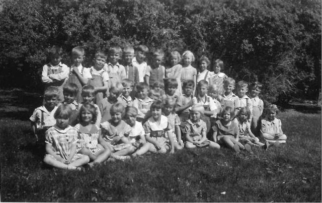 Lynn's 1st grade class 1935-36. See the back of the picture.