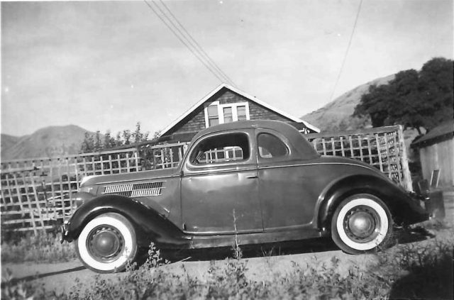 Lynn Richman's 1936 Ford in 1948