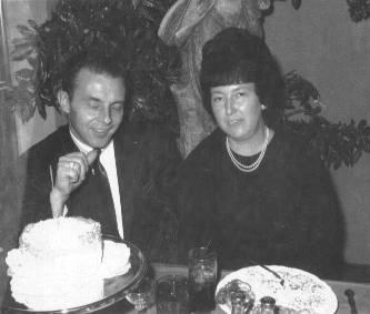 Lynn Joyce at dinner