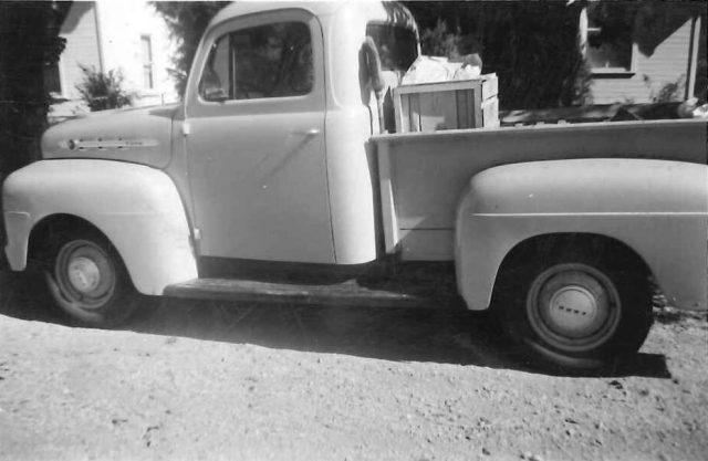 Lynn's truck Dec 1953