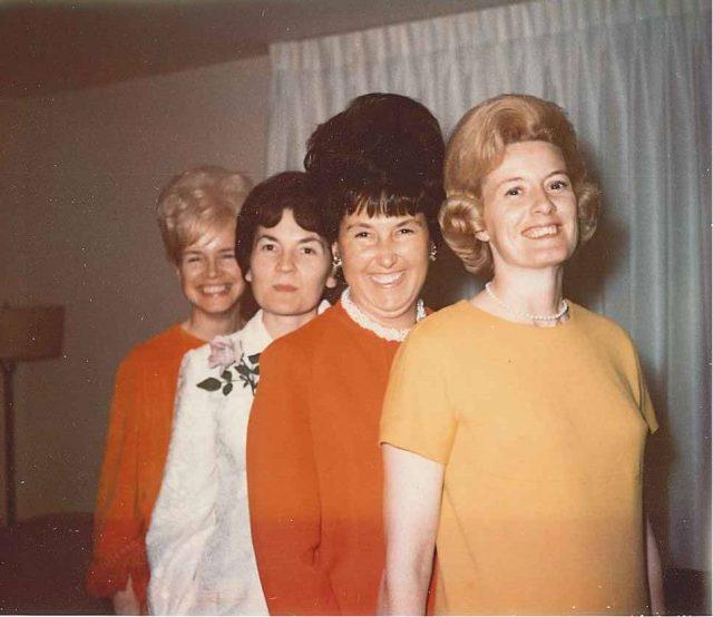 Muriel, Gwen, Joyce, Jeannie, birthday party, April 19 or 22, 1967