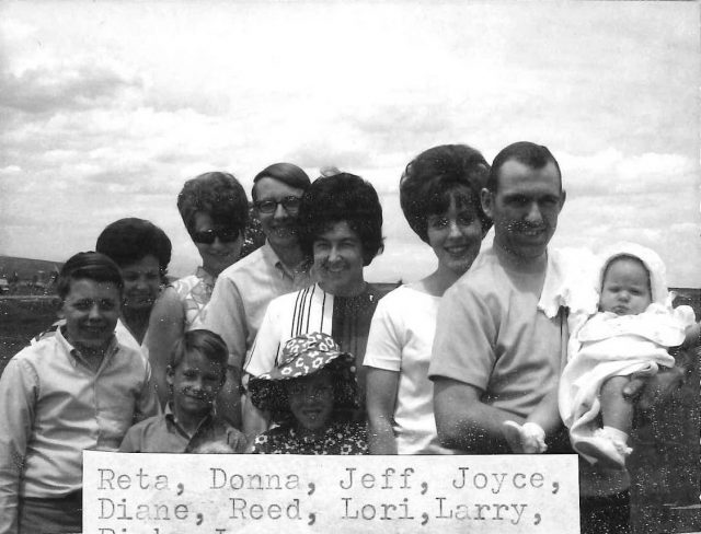 Back row: Reta, Donna, Jeff, Joyce, Diane, Reed, Lori. Front row: Larry, Rick, Joy
