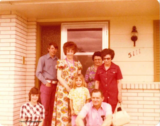 Donna Nelson, Larry Richman, Mary Richman, Margie Hawkins, Boston Richman, Reta Nelson, and Paul Nelson in Boise
