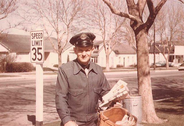 Paul Nelson, mailman