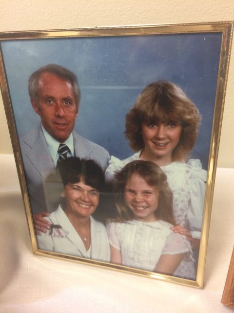 Karen Seely Galloway, Daryl Galloway, and daughters Wendy and Brandi