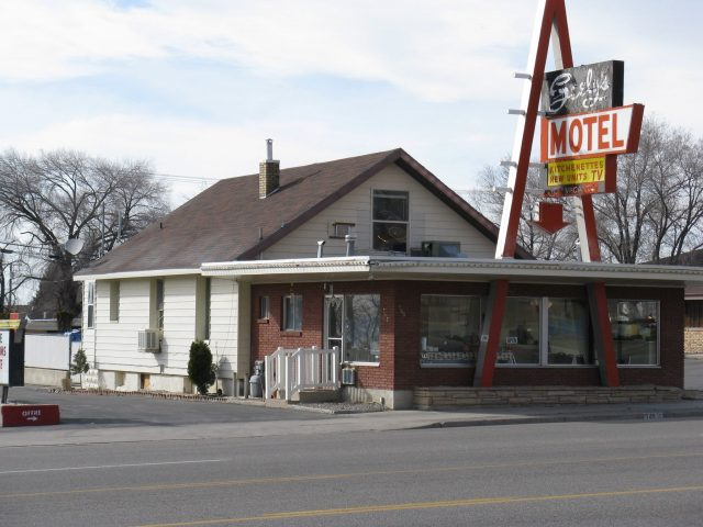 Seely-motel-photo-Jim-Seely