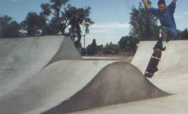 Skateboarding pictures at the skate park in Blackfoot, 2000