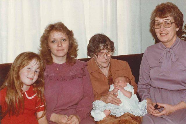 Teri-1983-Krista-Mildred-Lanae-Merle